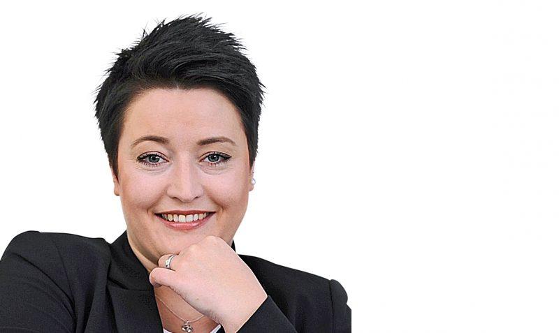 Karina Wübben (in Elternzeit)