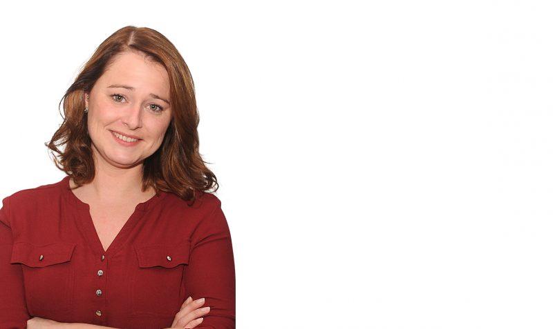 Mira Glade, Finanzbuchhalterin