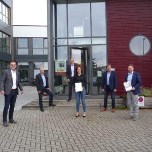 """Landrat Dr. Kai Zwicker zeichnet die Job find 4 you als """"CSR-Unternehmen Münsterland"""" aus"""